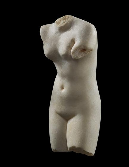 Torso of Aphrodite Anadyomene