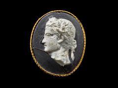 image Cameo Medallion of the Emperor Caligula